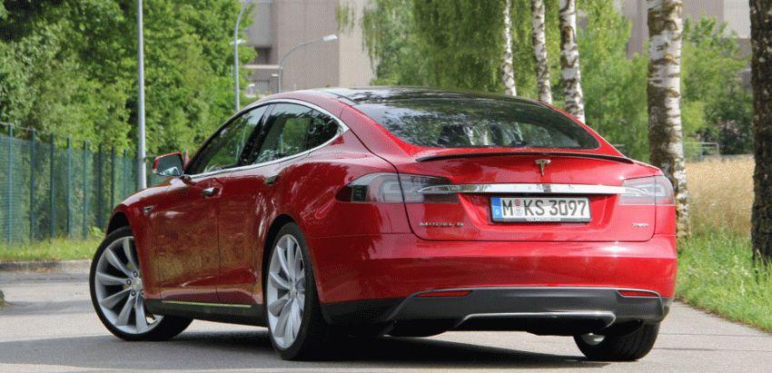 sedan katalog    tesla model s p85 sedan 1   Tesla Model S P85 Седан   Tesla Model S