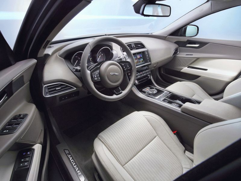 sedan jaguar  | jaguar xe 2 | Jaguar XE (Ягуар ХЕ) | Jaguar XE