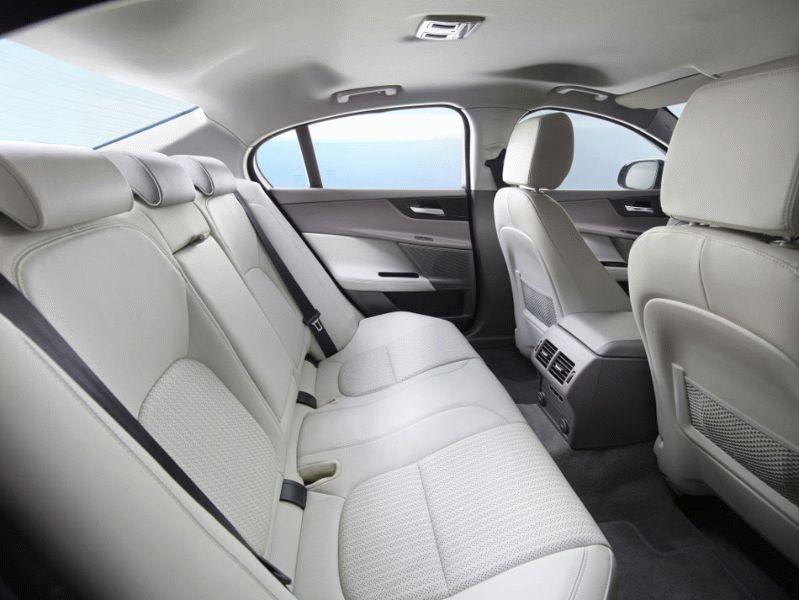 sedan jaguar  | jaguar xe 3 | Jaguar XE (Ягуар ХЕ) | Jaguar XE
