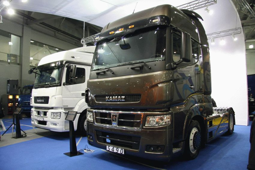 Жалкие попытки: украинский грузовик «Кразёнок» пытается превзойти «КАМАЗ»