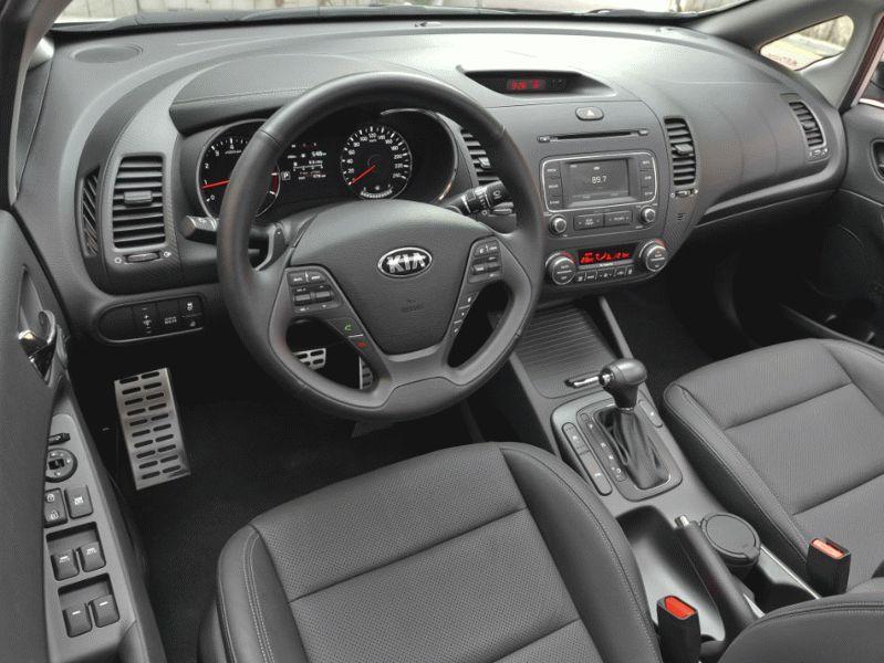 sedan kia  | kia cerato test drayv 3 | Kia Cerato (Киа Церато) 2017 2018 | Kia Cerato