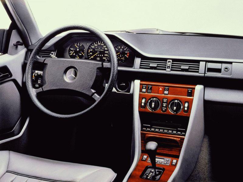 istoriya zarubezhnogo avtoproma  | legendarnomu avtomobilyu mersedes c124 30 3 | Мерседес Ц124 (Mercedes C124) исполнилось 30 лет | Mercedes C124