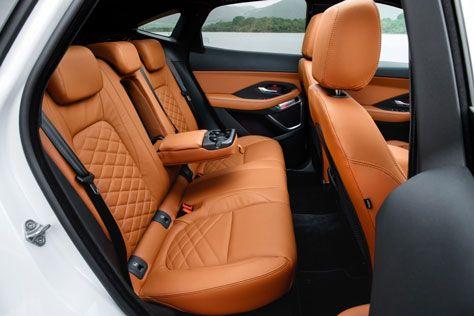 krossovery jaguar  | jaguar e pace 5 | Jaguar E Pace (Ягуар Е Пэйс) тест драйв | Тест драйв Jaguar Jaguar E Pace