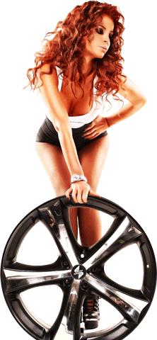 Фото девушки с колесом. Автожурнал Русавтоплюс
